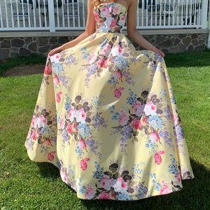 Sherri Hill Floral Yellow Semi Prom Dress Size 0